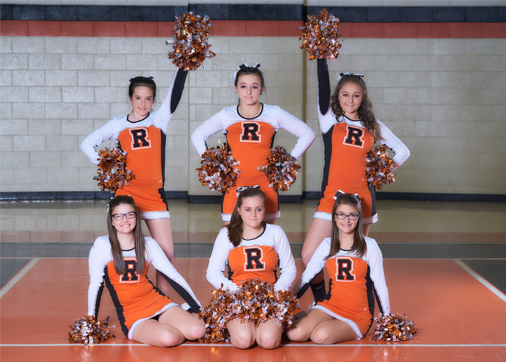 2016-17 8th Grade Cheerleaders