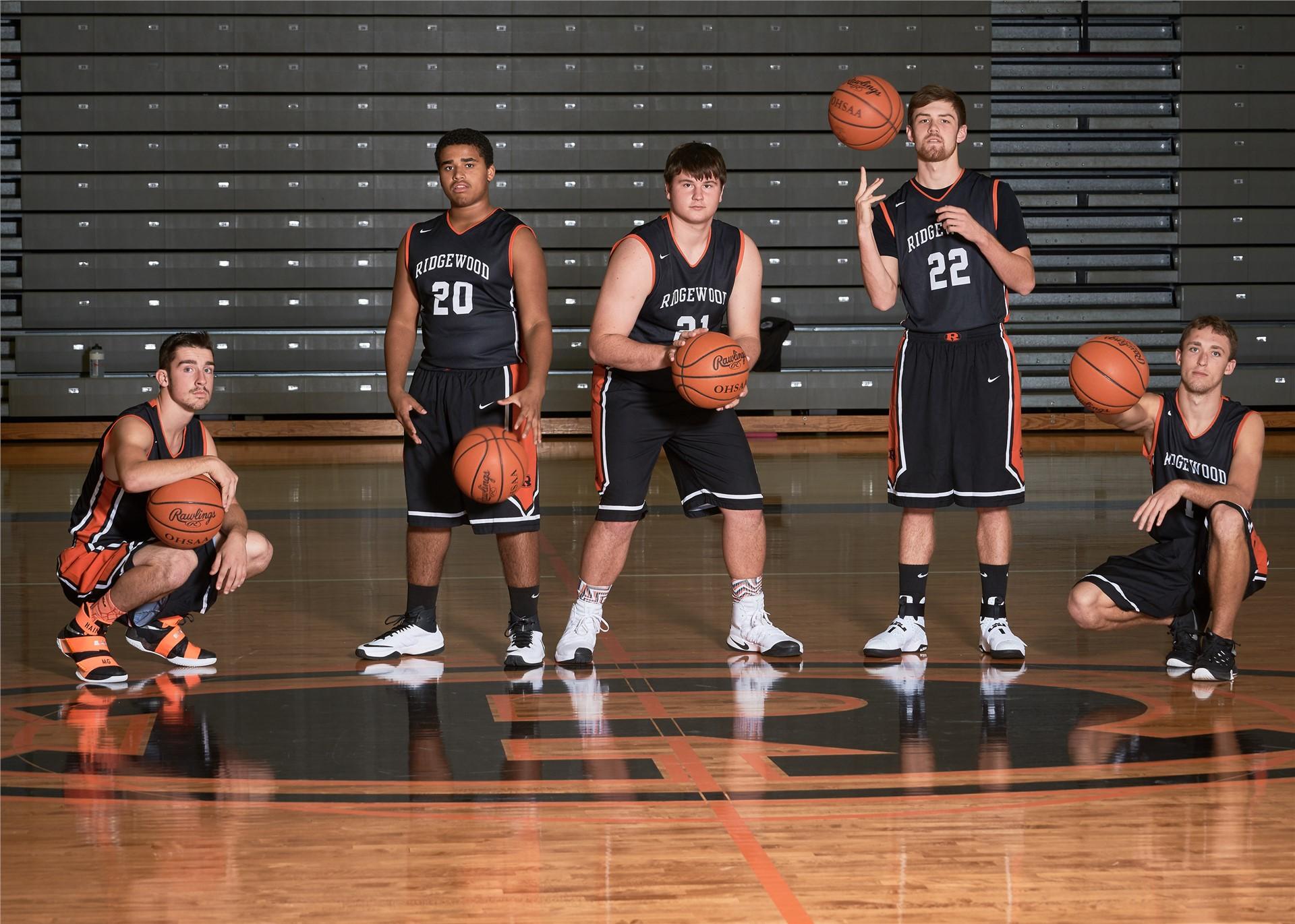 2016-17 Basketball - Seniors
