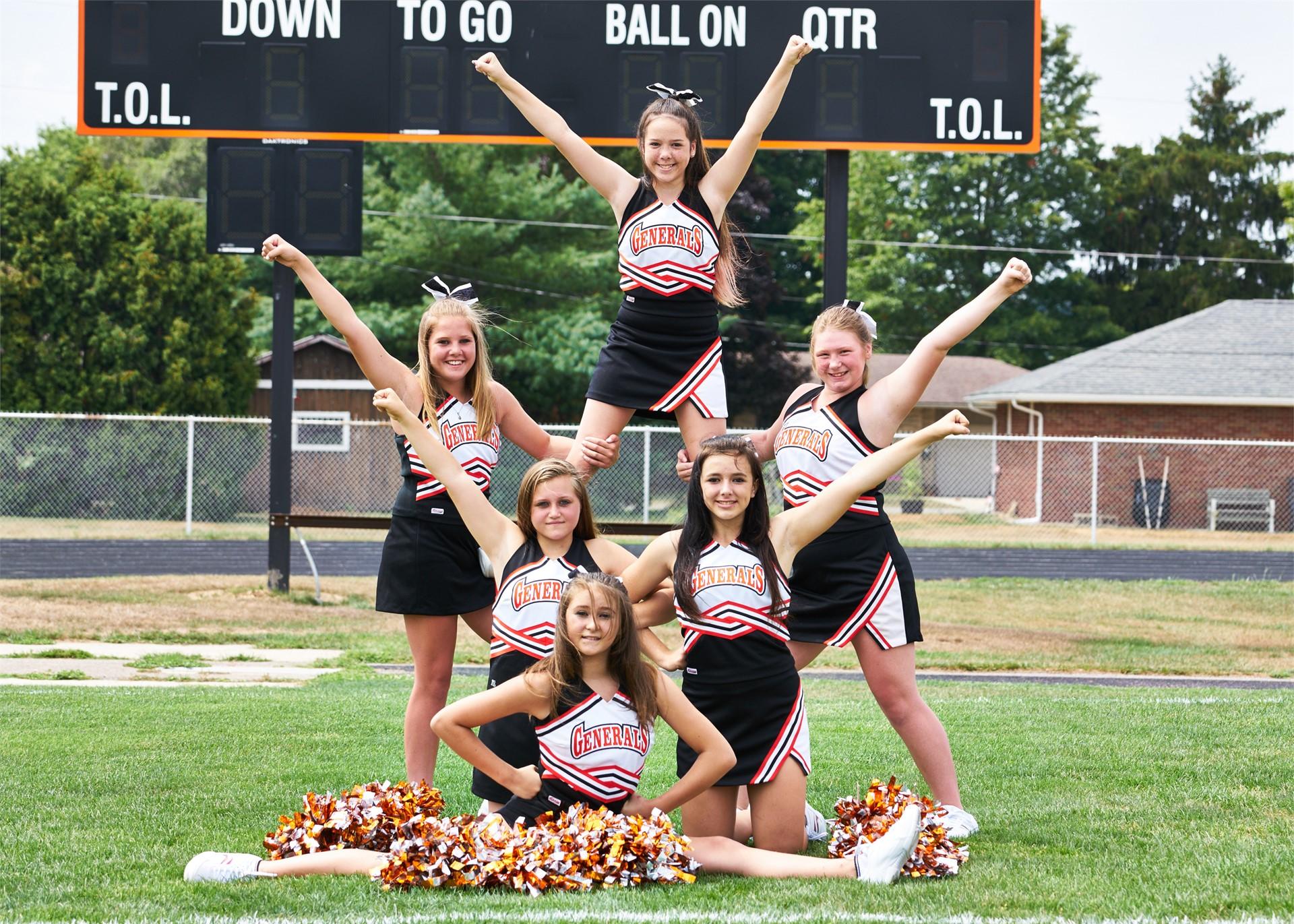2016-17 8th Grade Cheerleaders